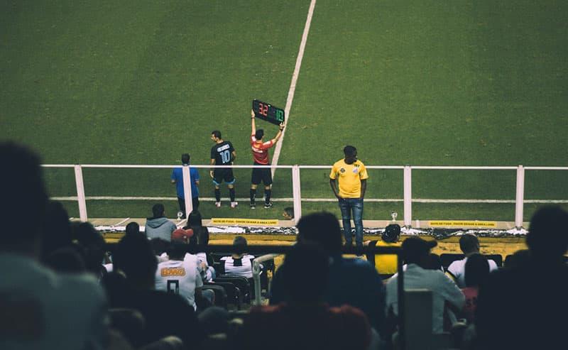 regla 5 cambios en el futbol