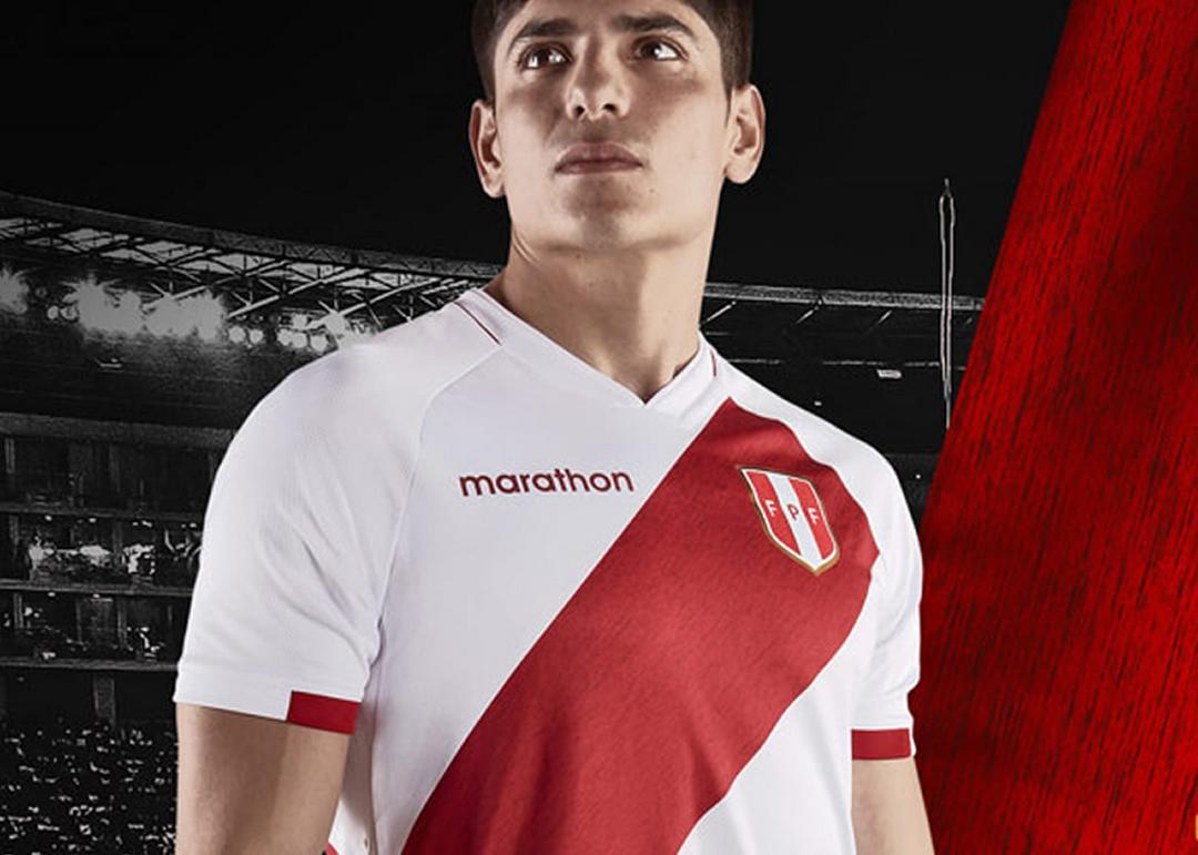 Camiseta local Marathon de Perú