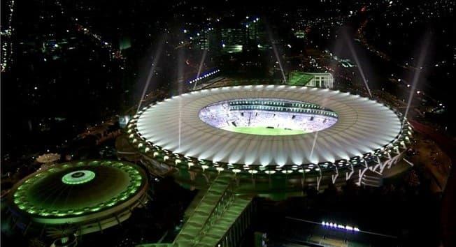 Estadio Maracaná rio de janeiro de noche