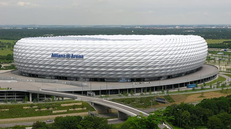 allianz arena alemania de dia